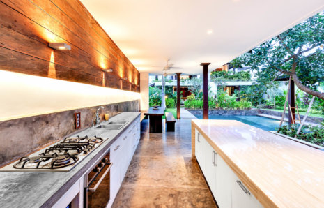 Outdoor Kitchens & Patios Remodeling